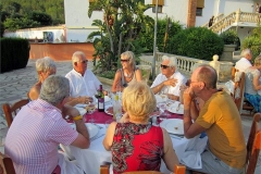 01-Dine-and-Dance-Los-Arcos