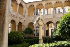 26-Catedral-Cloisters-from-within