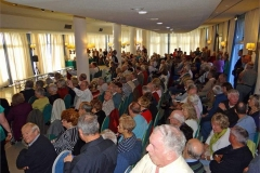 06-Standing-room-only