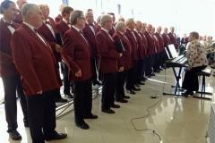 09-The-choir-prepares